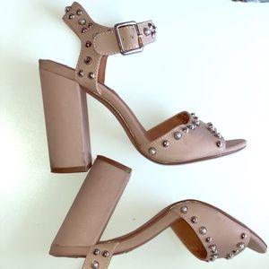 Steve Madden sandal with block heels